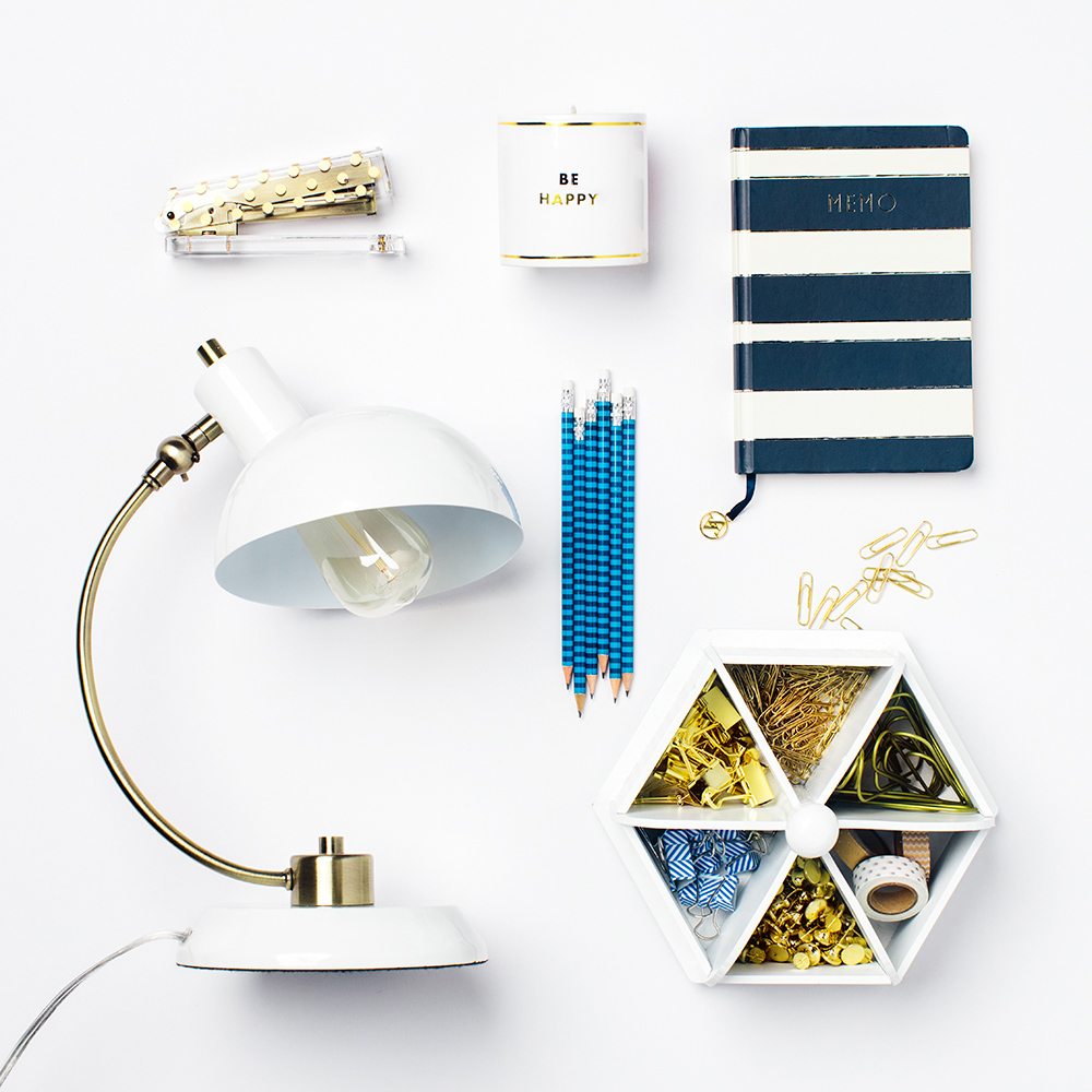 Marshalls_34301_Pre-Fall_Desk_Knolling_ALT_0022-2web